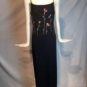 elegant long sleeveless black dress